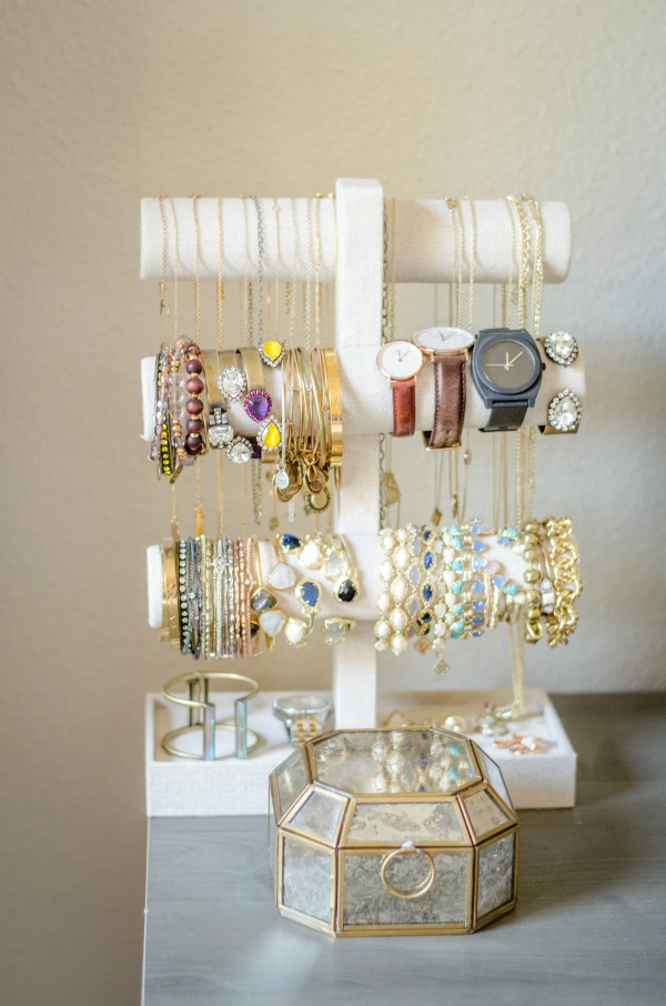 anthropologie jewelry holder