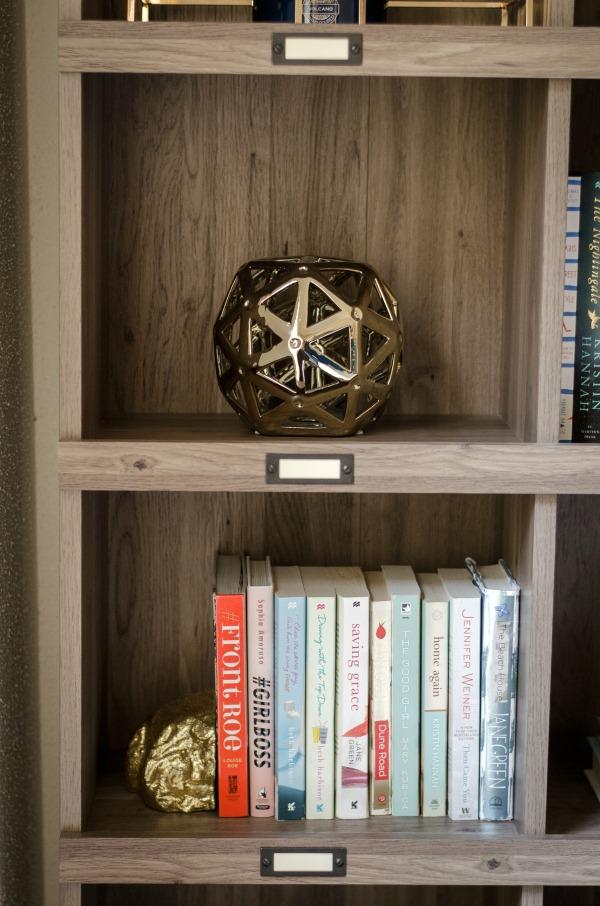 bookshelf styling 9