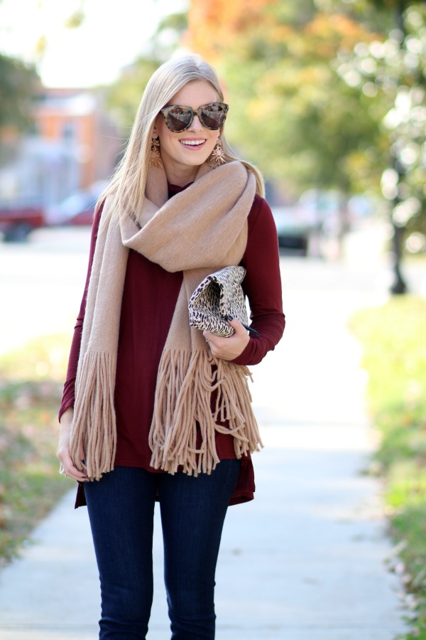 how-to-wear-an-oversized-scarf