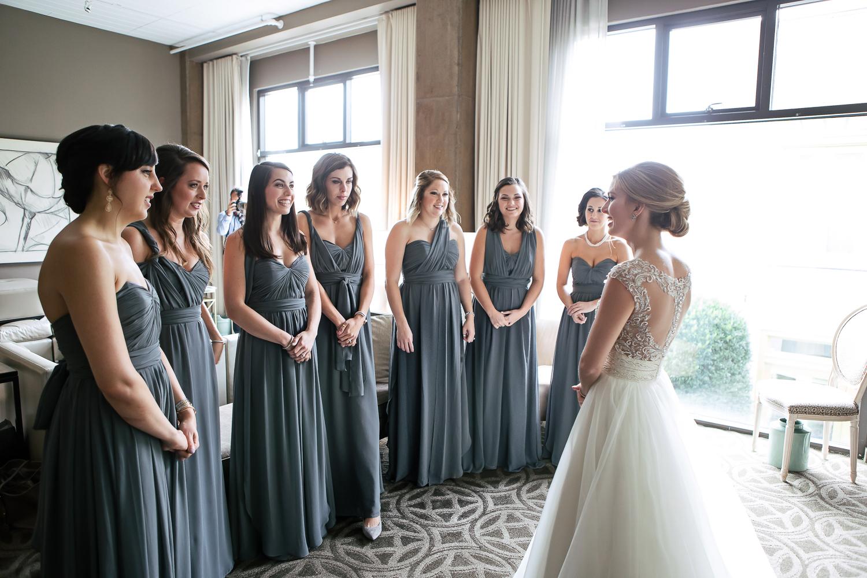 bridesmaids-first-look